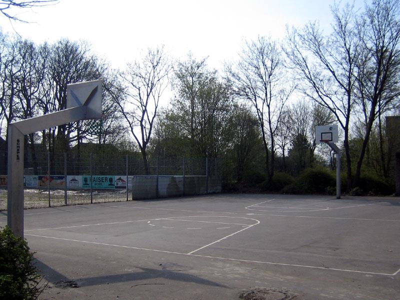 Basketballplatz an der Hauptschule